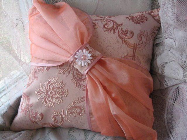Оригинальные подушки: красота и комфорт своими руками - Dominafiesta