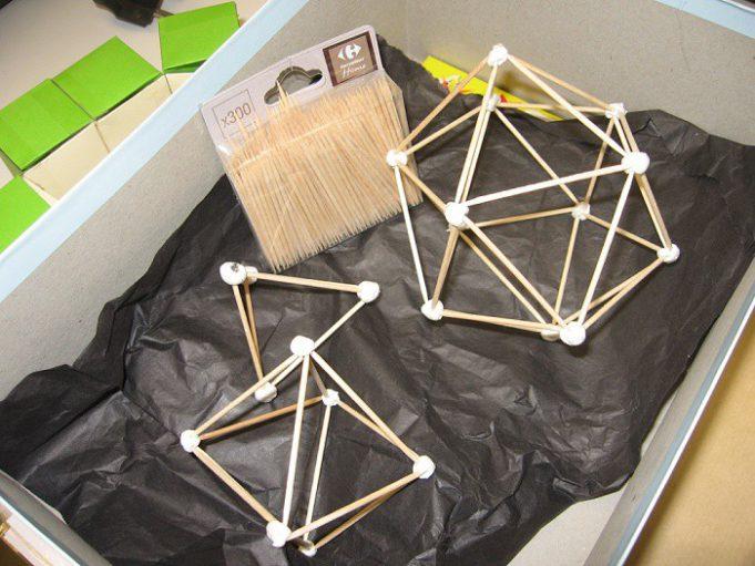 Пирамида из спичек своими руками 44
