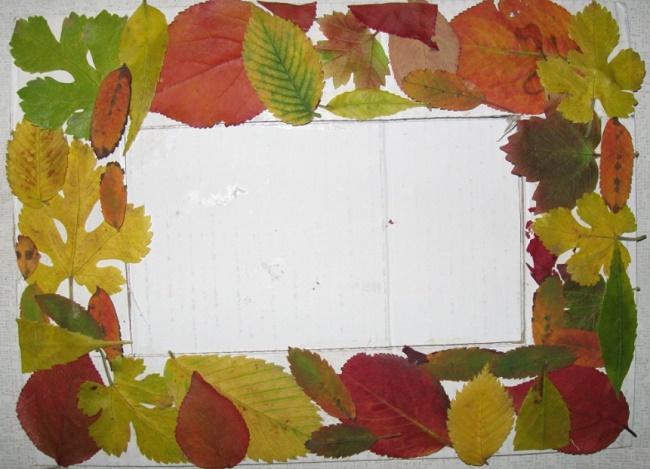Фоторамка из листьев своими руками