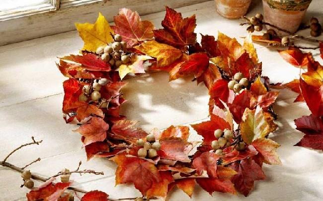 Венок из листьев своими руками