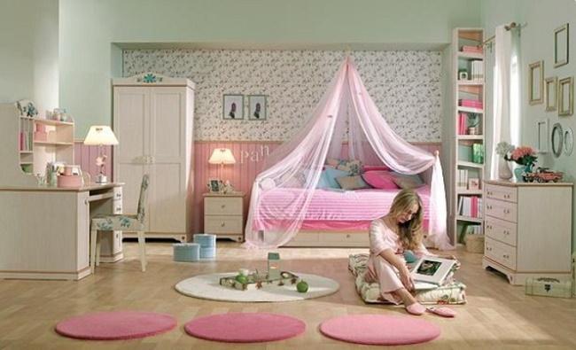 Комната девочки-подростка