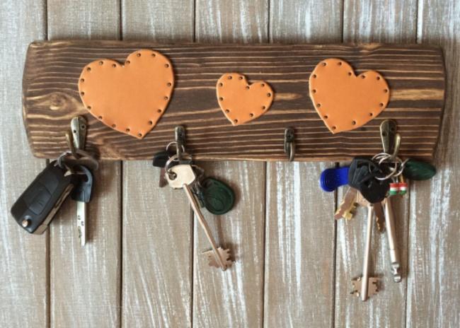Ключница с сердечками