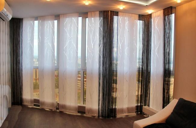 Японские шторы в зале