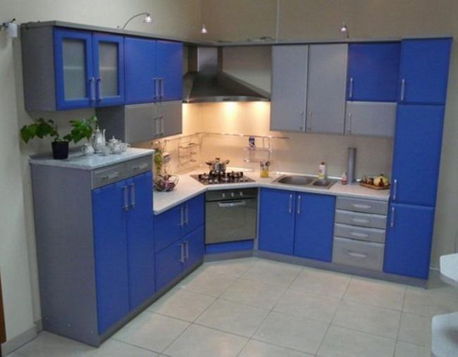 Угловые кухни и их преимущества