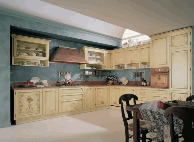 Вариант угловой кухни фото