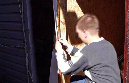 Как утеплить деревянную дверь. Советы, способы, фото.
