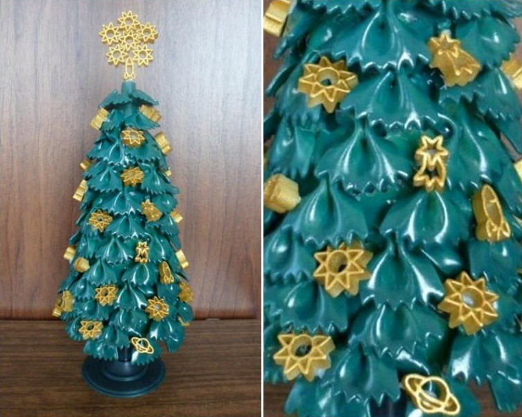 Новогодняя елка из макарон