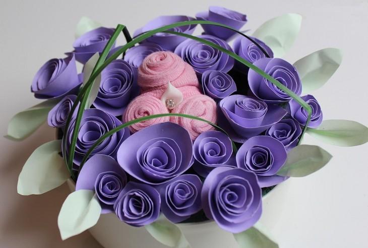 Делаем цветы из бумаги к 8 Марта