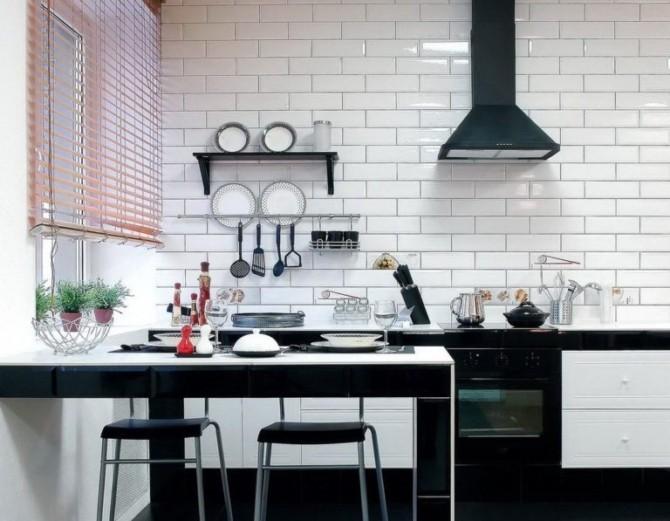 Кухонный фартук, кирпичная укладка плитки