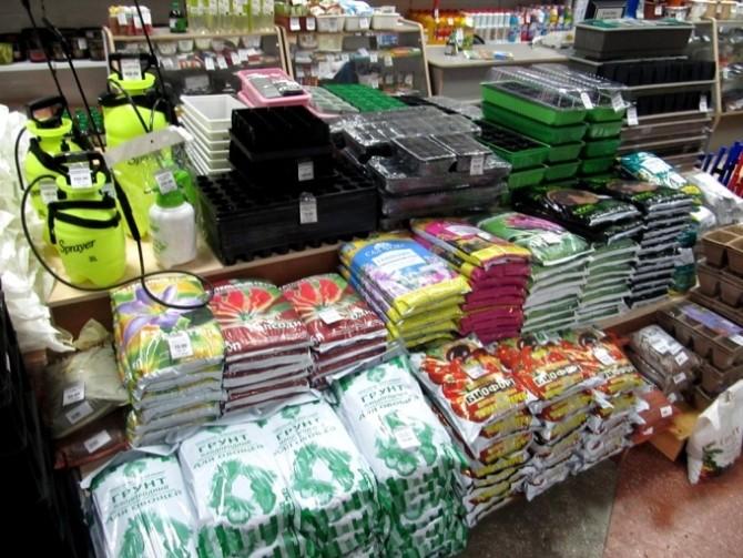 Готовые грунтовые смеси в магазине