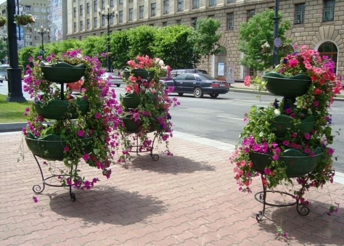 как выбрать форму уличного вазона