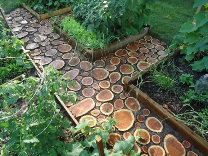Садовая дорожка из поперечных спилов дерева своими руками