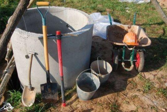 Как сделать выгребную яму на приусадебном участке