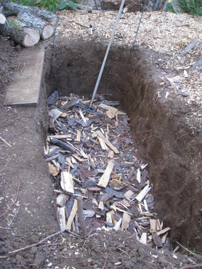 Конструкция компостной ямы
