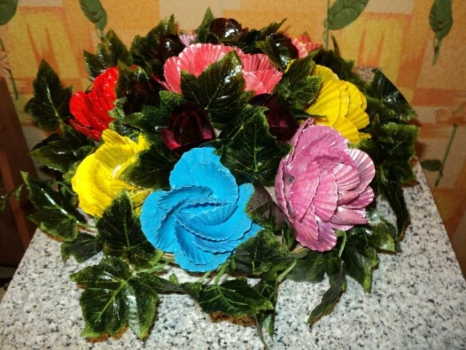 Элегантные цветы из ракушек